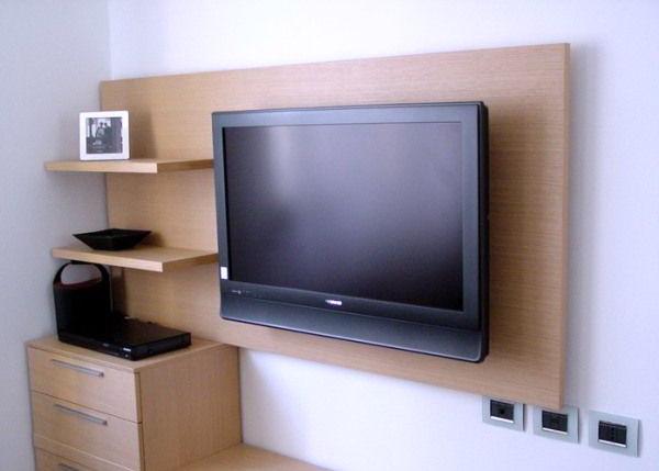телевизор и гостиная